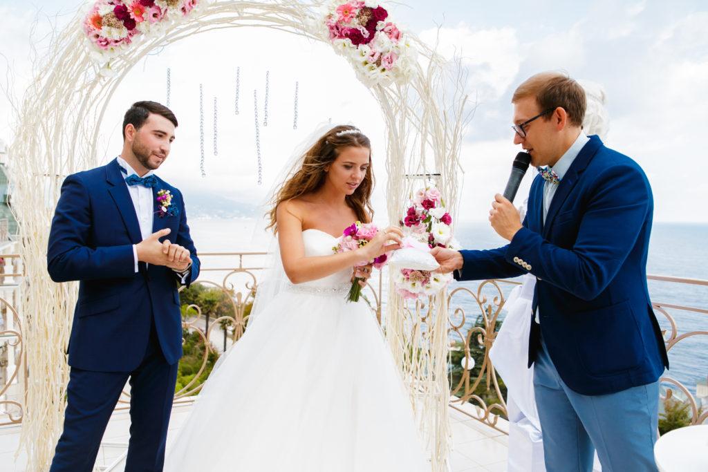 Организация свадьбы с ведущим